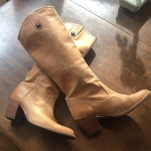 Frye Boots - Leather - size 7